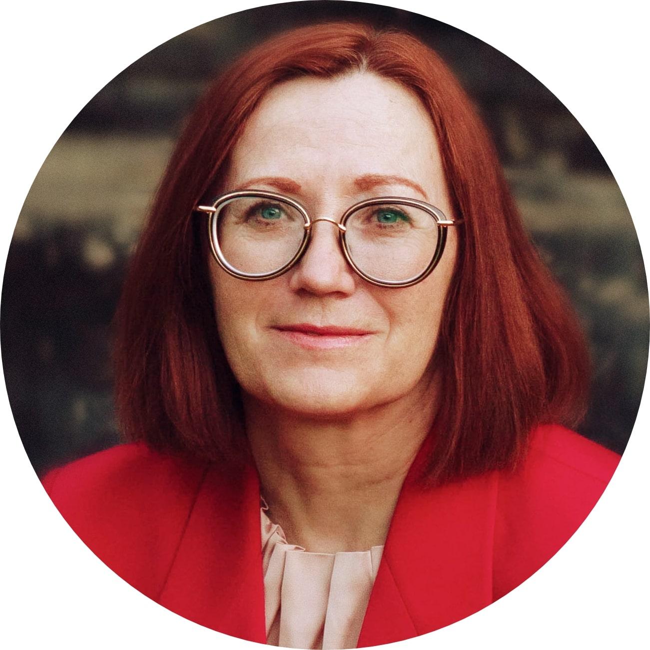 Susanna G., 41 years